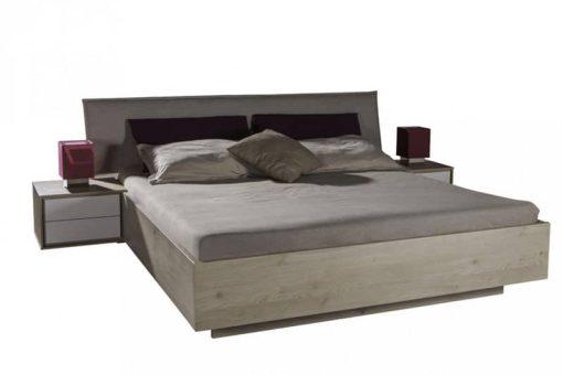 תמונה: מיטה יוקרתית בשילוב שידות 3